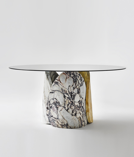 Petalo marble dining table