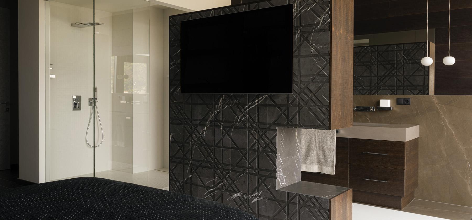 3_KingDavid_tartan_interior_wall_covering
