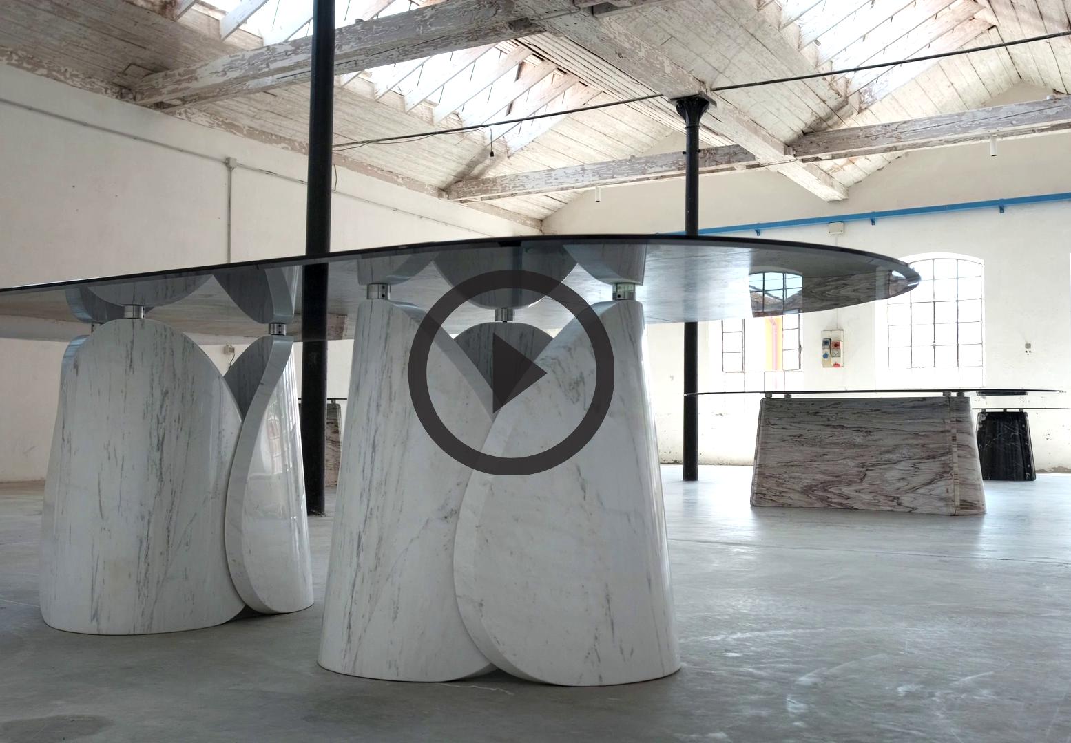 LithosDesign_Petalo et Elitra tables en marbre